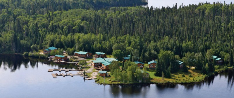 Dogskin Lake Lodge and Outposts