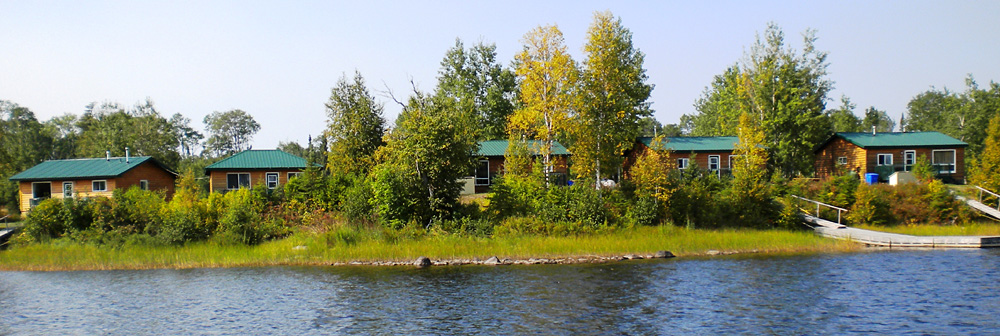 Cozy camp northwest ontario my canada fishing trip for Ontario canada fishing trips